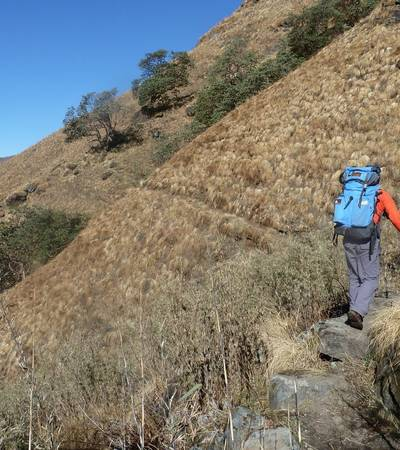 Walking on trail to Kopra lodge