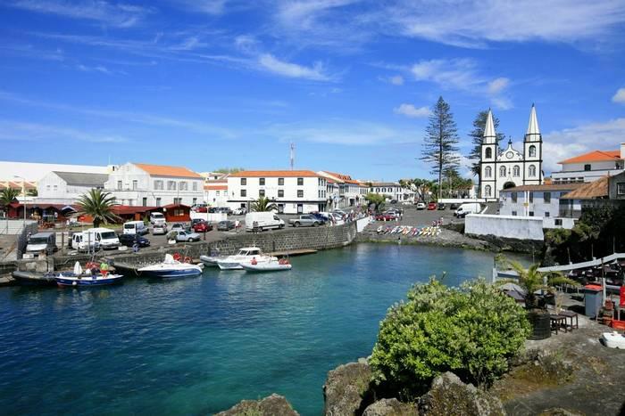 Madalena, Pico, Azores shutterstock_536845291.jpg