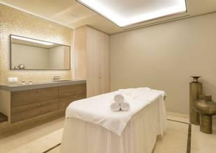 Pine-Cliffs-spa-treatment-room.jpg