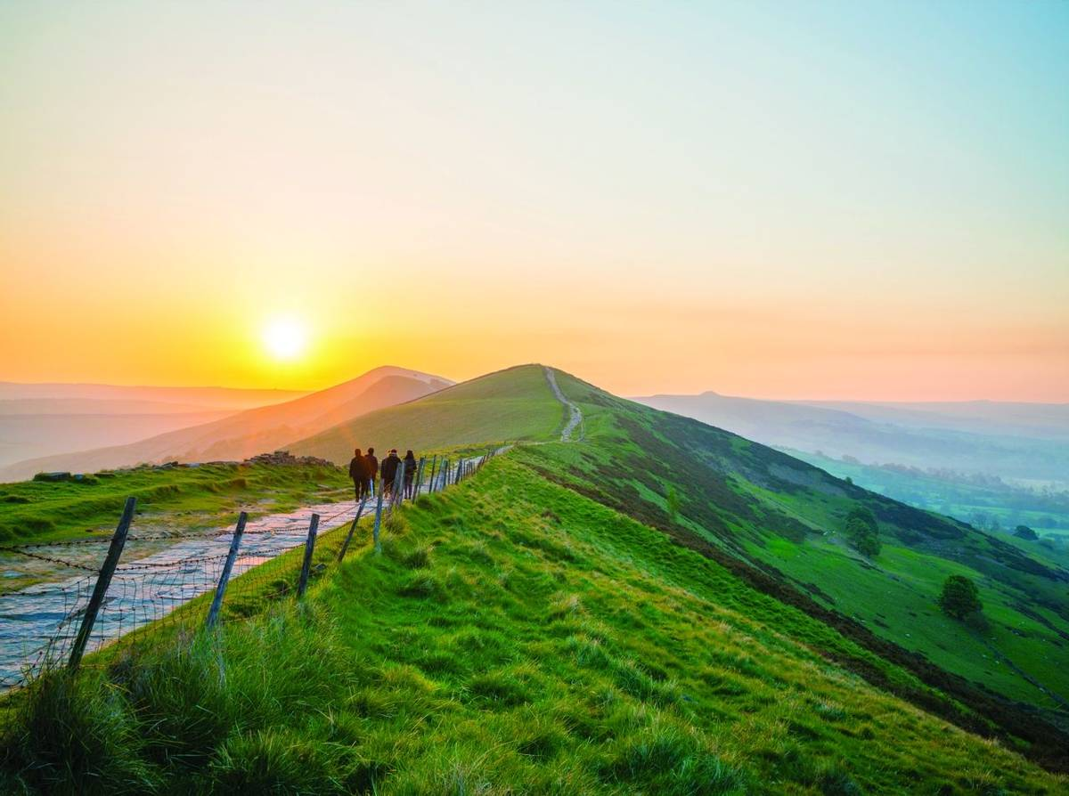 Sunrise of The Great Ridge at Mam Tor hill in Peak District