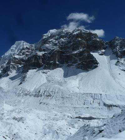 Valley to Lhonak (4,785m)