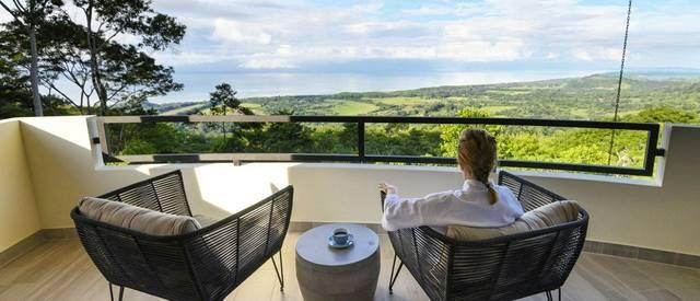 lapazul-retreat-balcony-view-2.jpg