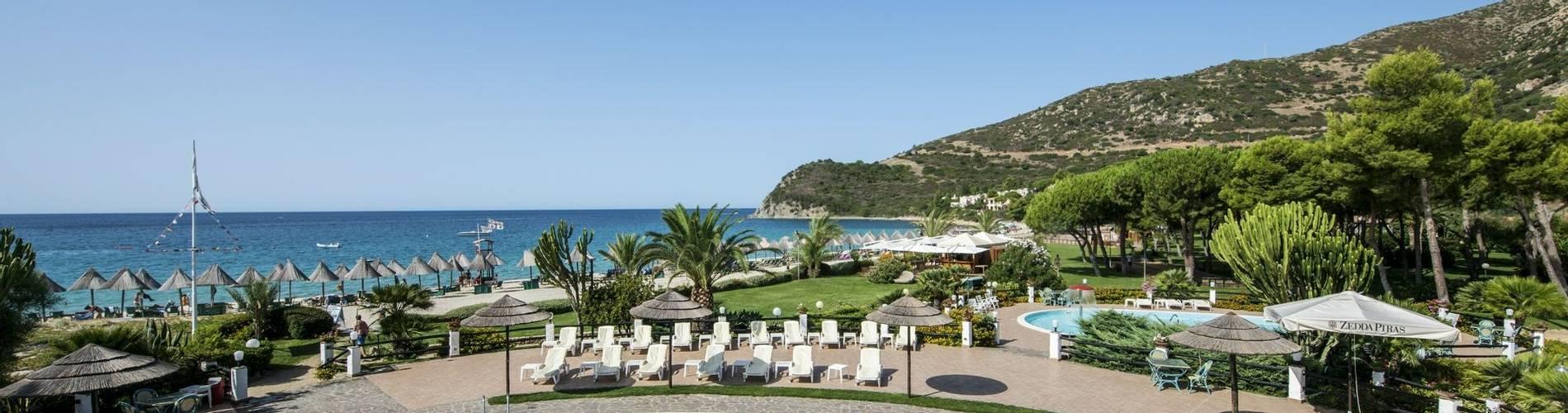 The swimmingpool at Hotel Cormoran, Villasimius
