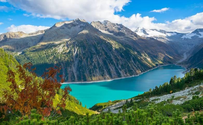 Austria - Mayrhofen - AdobeStock_247469225.jpeg