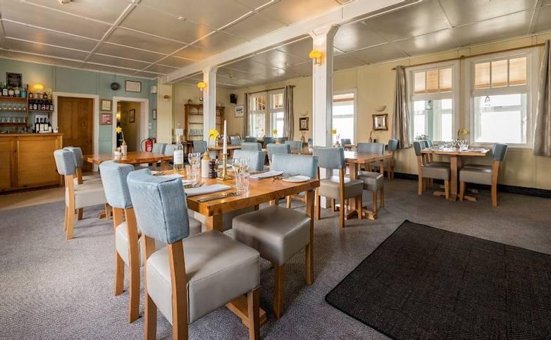 Dining room Argyll Hotel Iona from hotels website.jpg