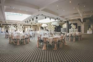 Gatsby Ballroom Wedding Breakfast Setup