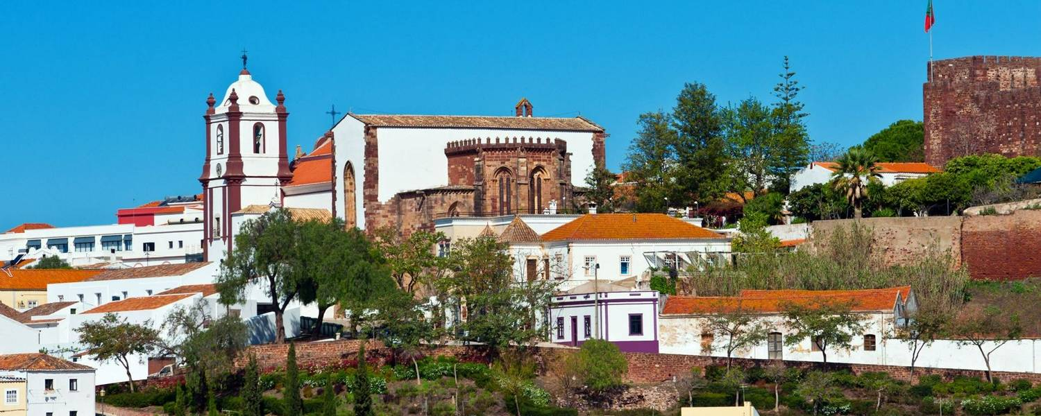Town Silves in central Algarve, Portugal.jpg