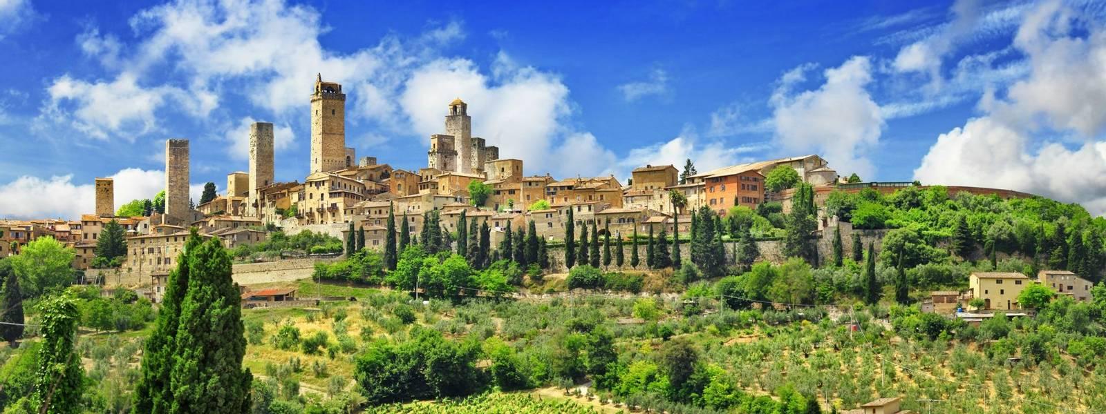 panorama of beautiful San Gimignano, Tuscany. Italy