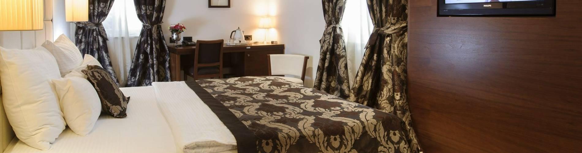 De-Luxe-room-Heritage-Marmont-Completely-Croatia.jpg
