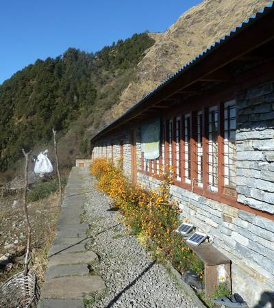 Upper Chistibung Community lodge (2,975m)