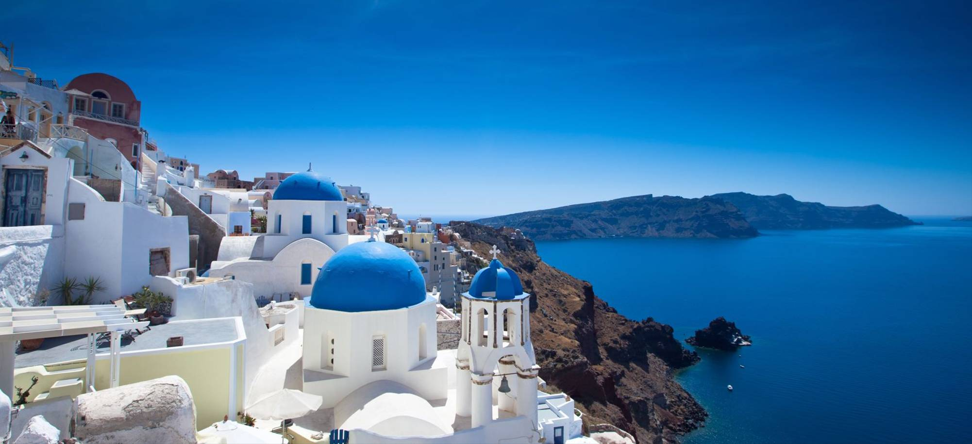 Santorini   Houses Along The Coast    Itinerary Desktop