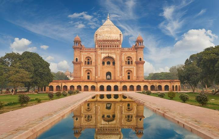 Humayun Tomb,New Delhi The last refuge of Mughal Emperor Humayun reminds rather of a luxurious palace, than a tomb. Humayuns…