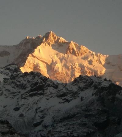 Sunset on Mt Kanchenjunga