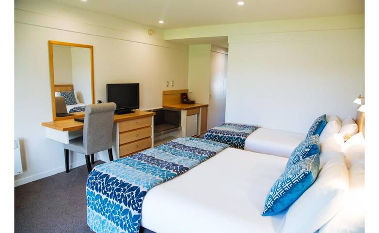 New Zealand - Edgewater room.jpg