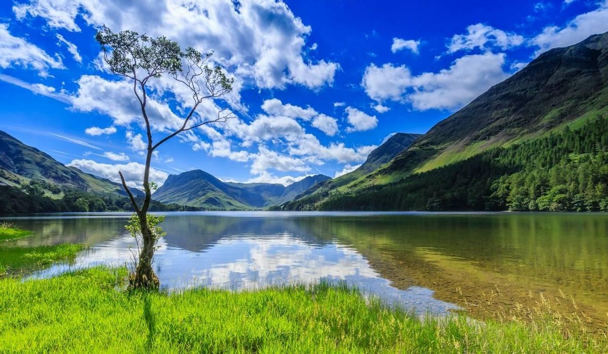 Lake District - Buttermere - AdobeStock_162915174.jpeg