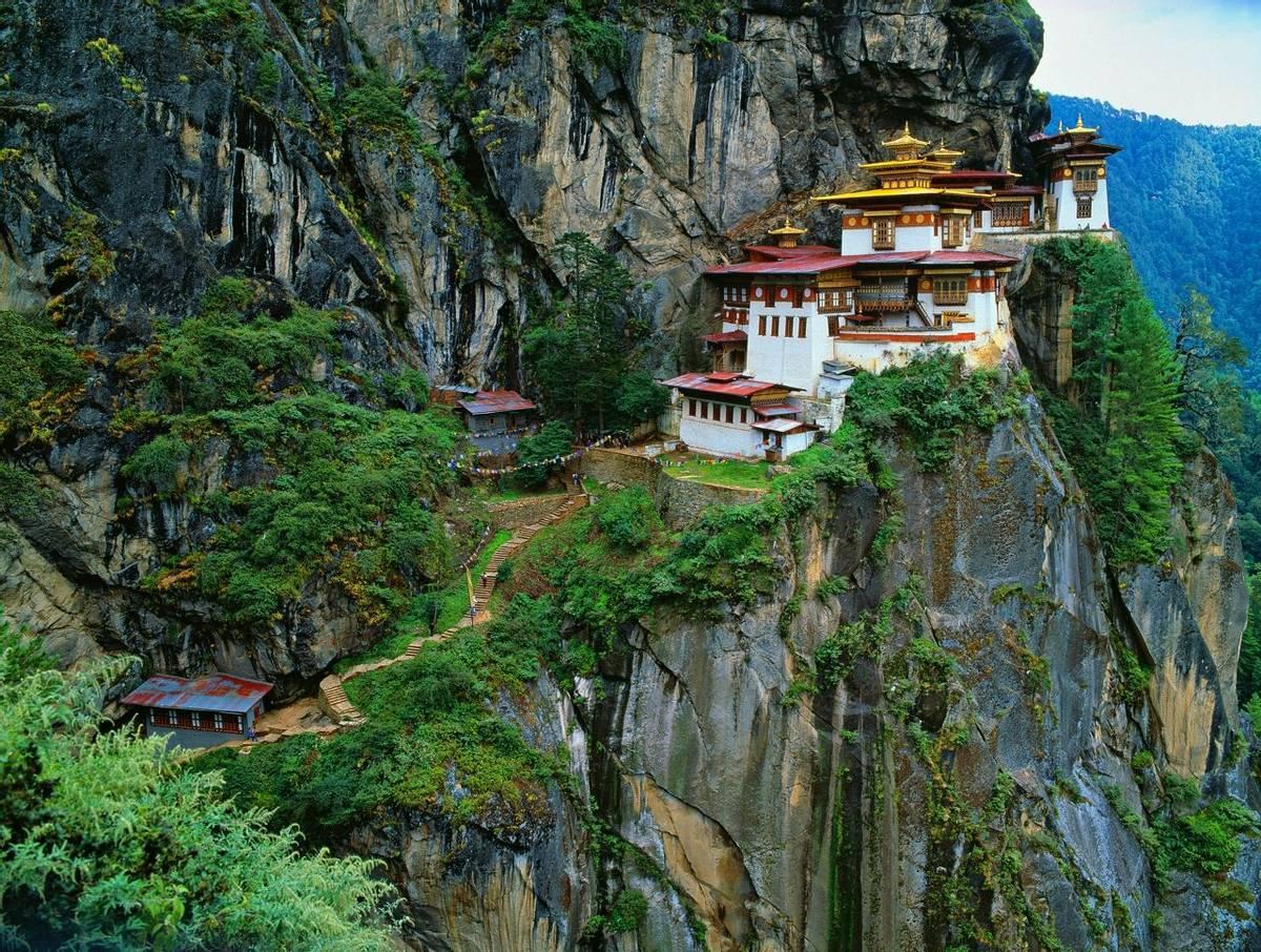 Tiger Nest Monastery Bhutan Shutterstock 143634871