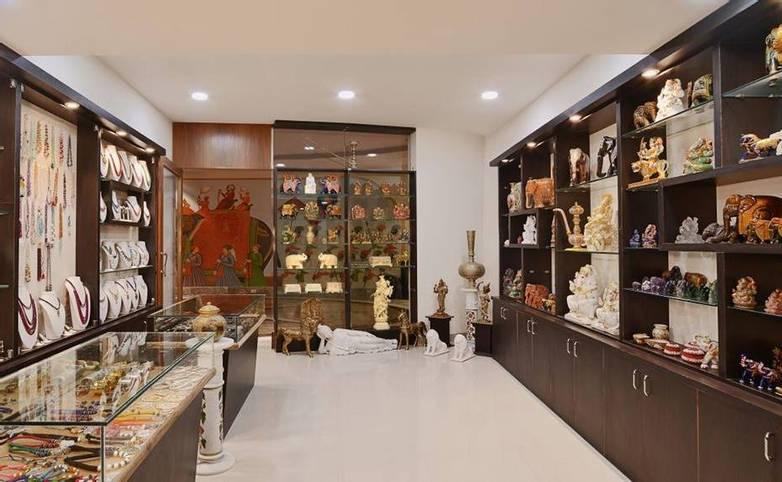 Rajasthan - Indana Palace, Jaipur - Shops.jpg