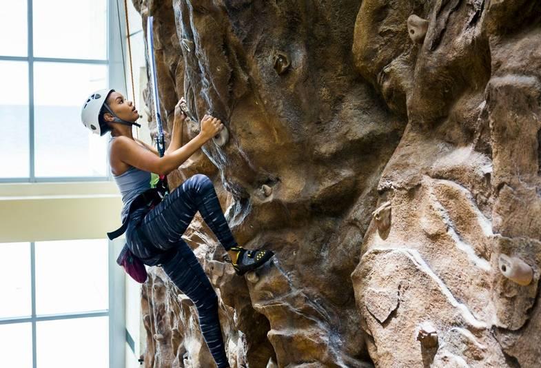 carillon-spa-Rockwall Climb.jpg