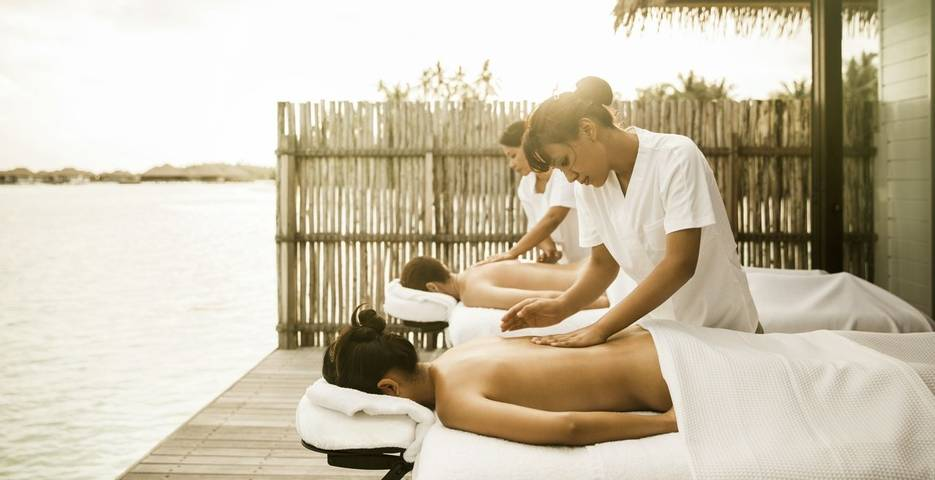 10 Luxurious Valentine's Day Wellness Escapes