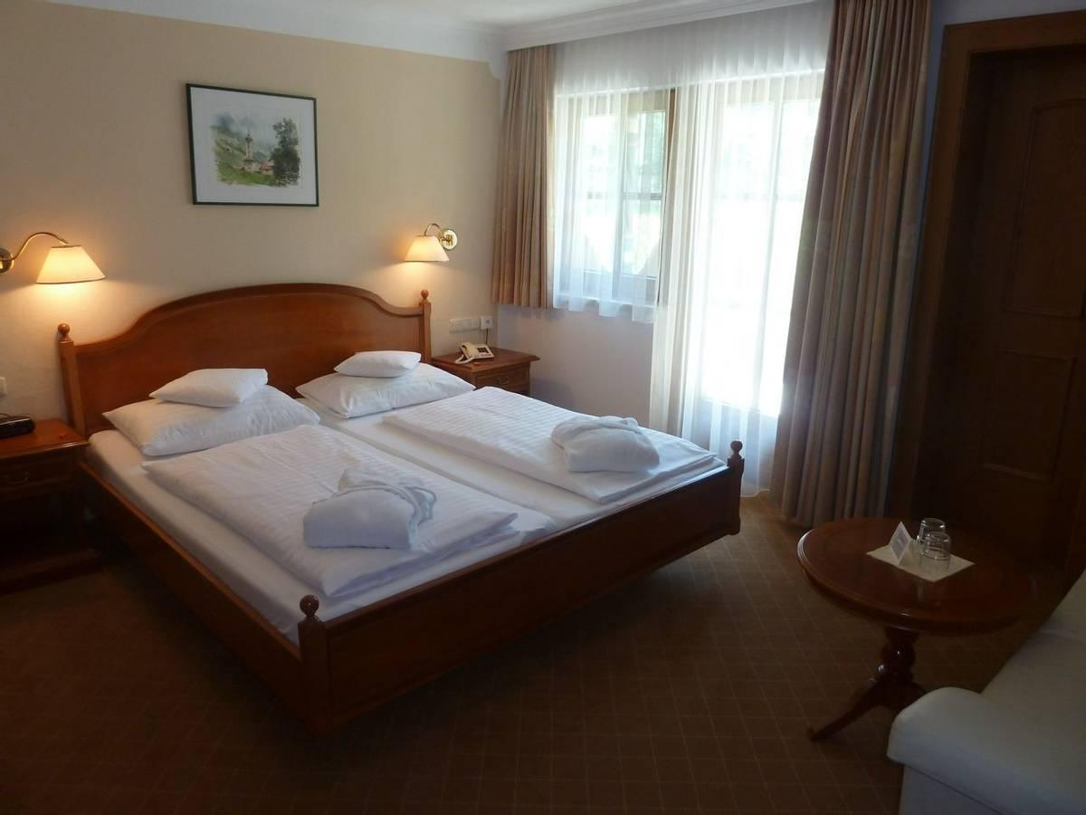 Austria - Mayrhofen - Zillertal Alps - Hotel Waldheim - Room - P1020236.JPG
