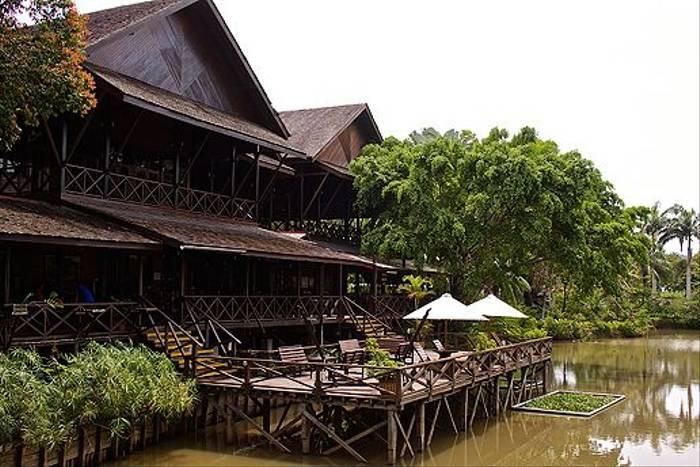 Sepilok Nature Resort (Dani Free)