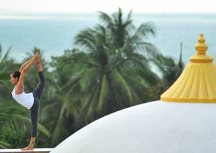 Absolute-Sanctuary-yoga-rooftop.jpg