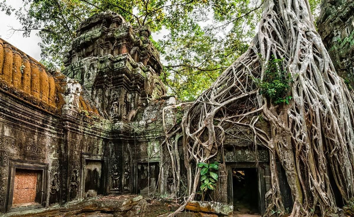 Angkor Wat, Cambodia  shutterstock_185422373.jpg