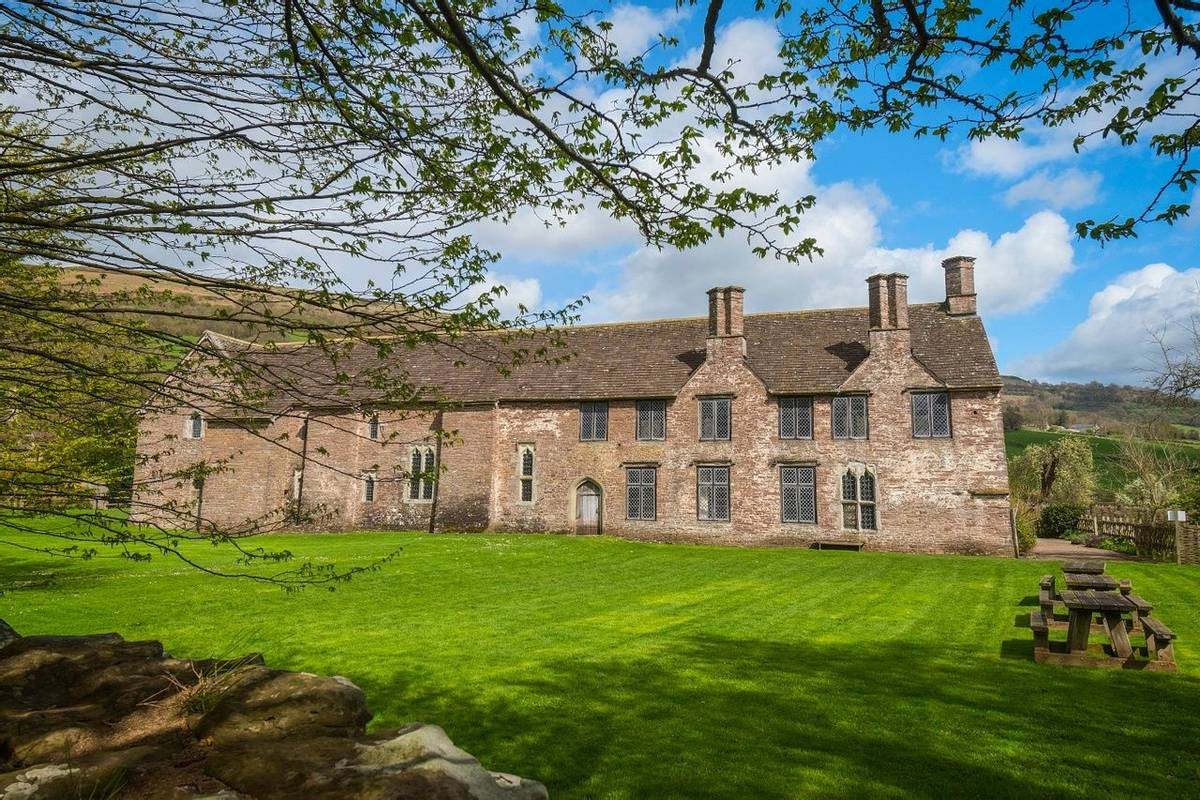 Wide view of the court from the west boundary wallTretower Court Cadw SitesSAMN: BR117NGR: SO185211PowysMidHouses - D…