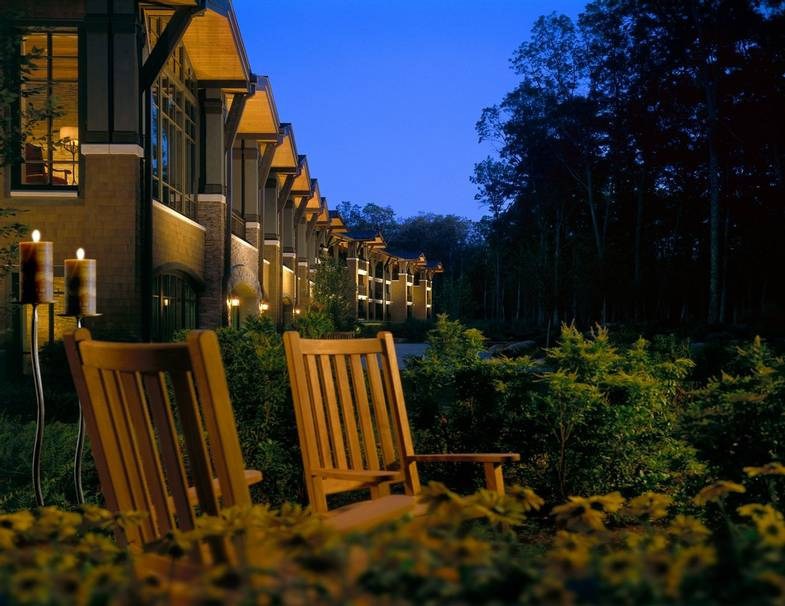 the-lodge-at-woodloch-Back-Exterior.jpg
