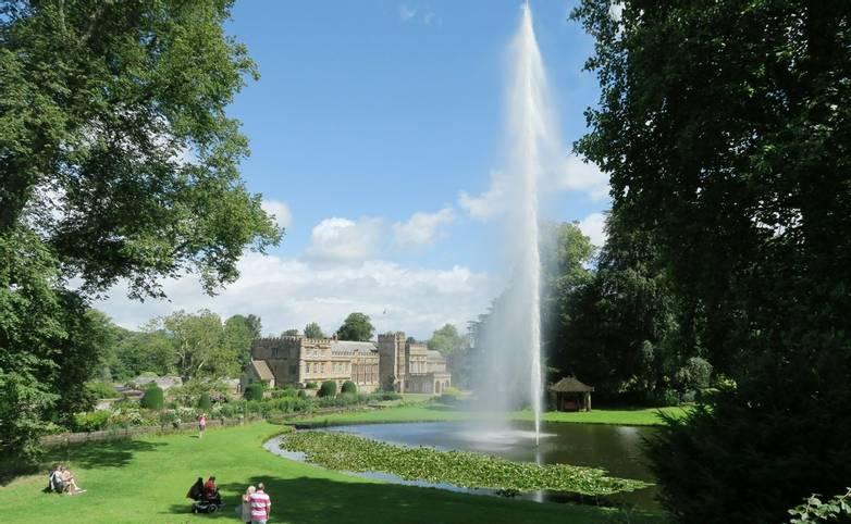Dorset Coast - Exmoor Somerset & Devon Gardens Tour - Caroline - WeTransfer - fountain.jpg