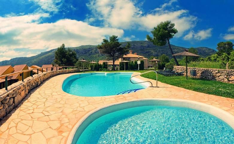 Spain - Valencia - Hotel Alahuar - Piscina Exterior Alahuar.jpg