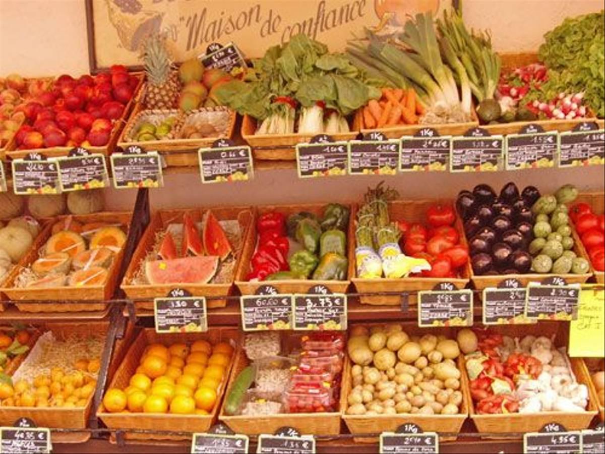 Greengrocers (Dennis Waite)