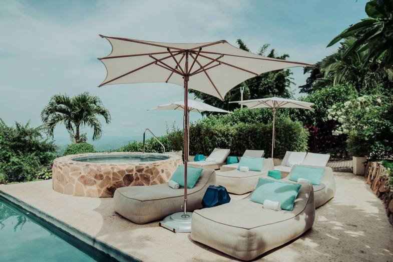 The-Retreat-Costa-Rica-MainPool.jpg