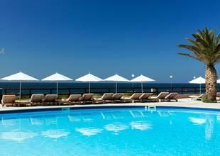 Vilalara-Thalassa-Resort-outdoor-pool.jpg
