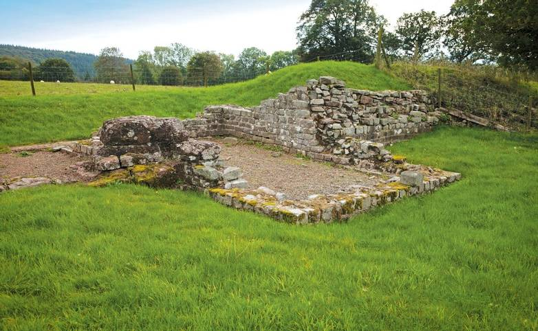 West gate - South guardroomBrecon Gaer Roman Fort Cadw SitesSAMN: BR001NGR: SO003296PowysMidFortsRomanDefenceHisto…