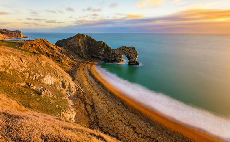 Lulworth - Dorset Coast - AdobeStock_192176974.jpeg