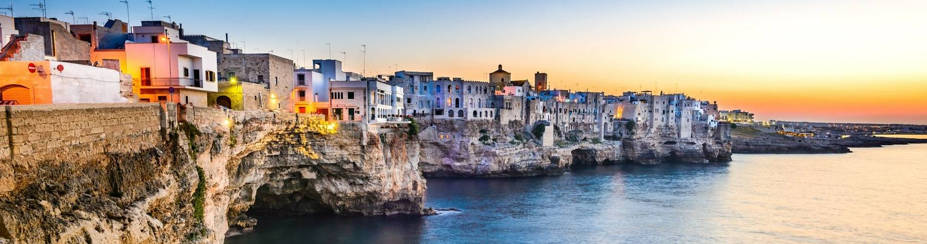 Polignano a Mare, Bari, Apulia.jpg