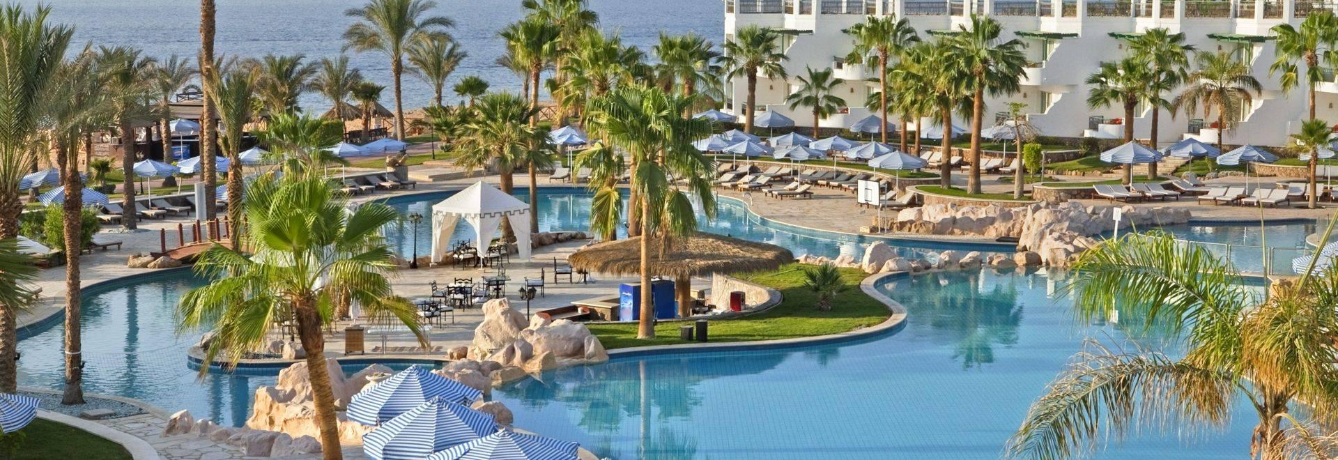 Sharm_Pool_HR.jpg