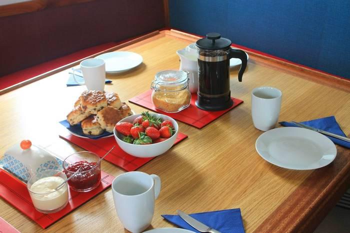 Cream tea on board the Seahorse II