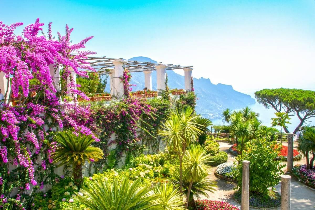 woderful gardens of Villa Rufolo at Ravello, Italy