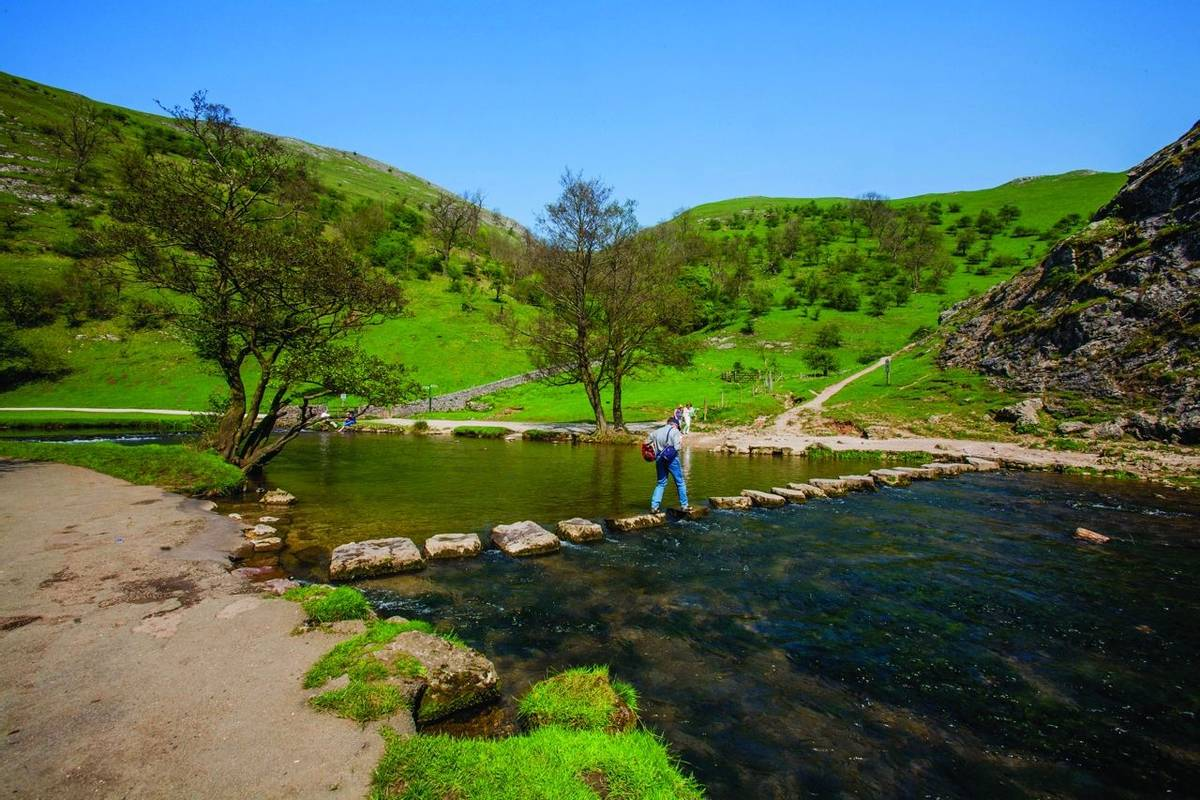 england derbyshire peak district national park valley of the river dove dovedale