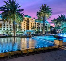 Cape Town - Disembark Norwegian Jade & Johannesburg Hotel Stay