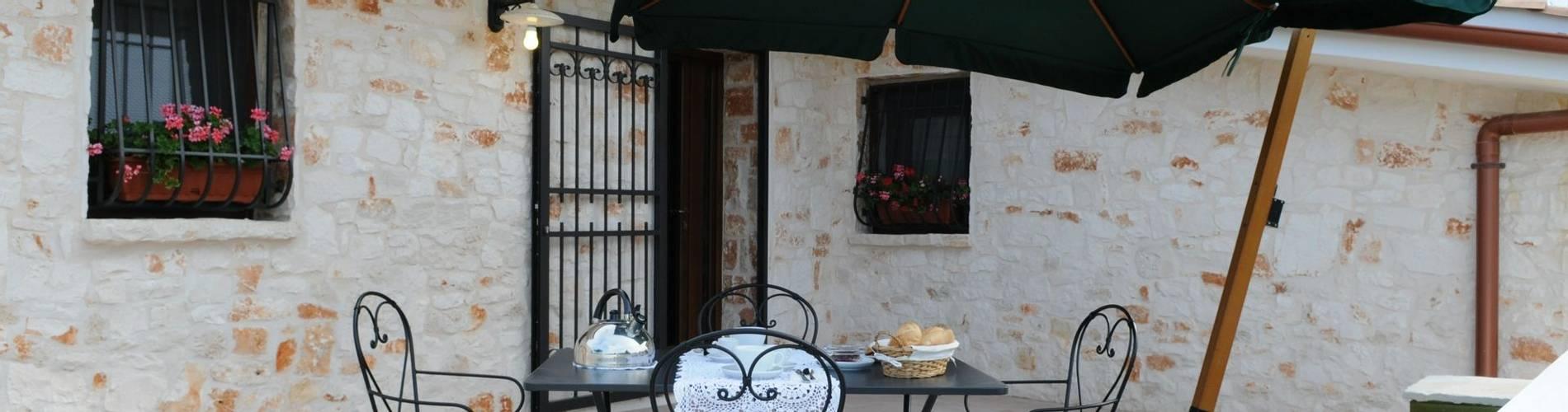Borgo Delle Querce, Puglia, Italy, Limoni Flat.JPG