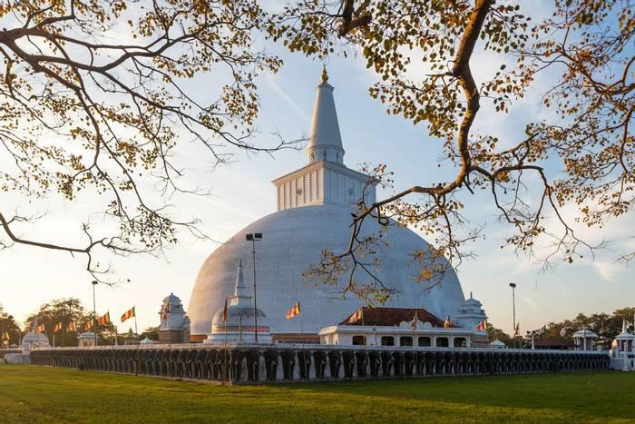 Mahatupa big Dagoba in Anuradhapura, Sri Lanka shutterstock_307224302.jpg