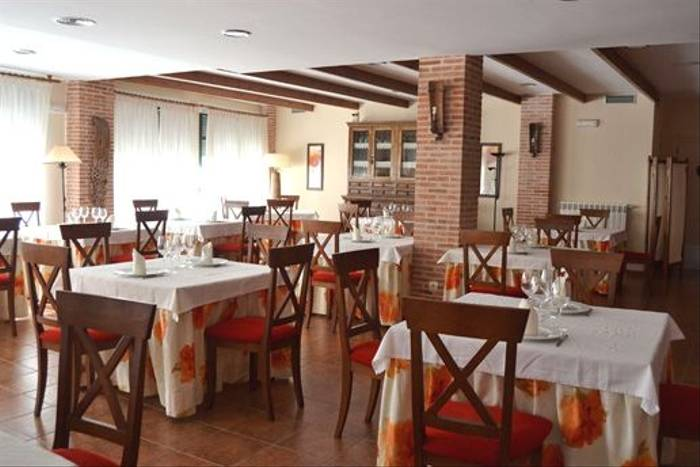 Dining area of our hotel in the Duero Valley plains