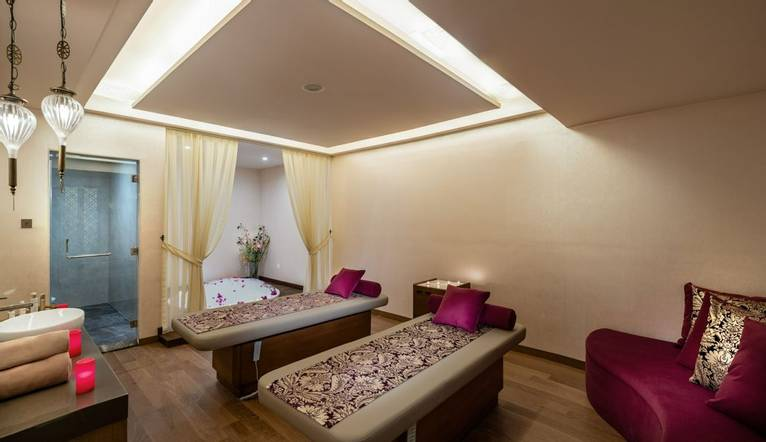 Oceans Spa   Massage Room3 31541179033 O