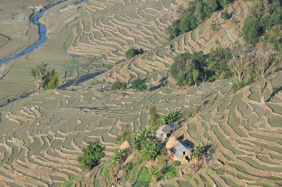 NPL18   4 Pokhara 490   John Keighley