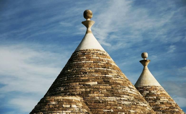 Italy_Puglia_Trulli_Roofs_LR.jpg