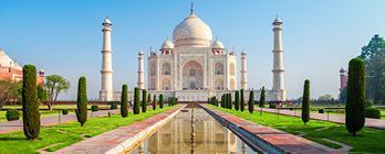 Luxury Arabian Cruise & Gems of India's Golden Triangle