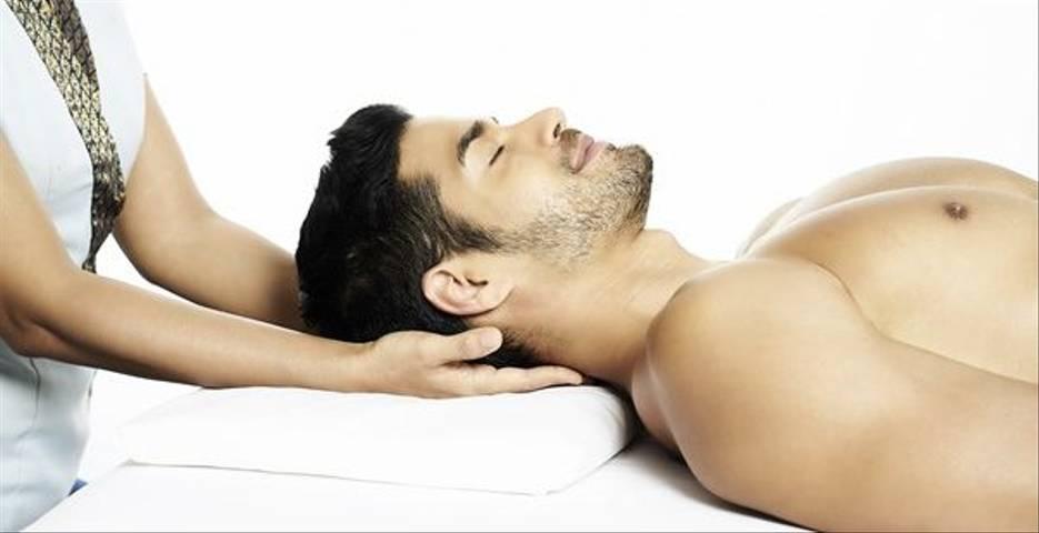 5 Reasons Men Should Practice Mindfulness on a Meditation Retreat
